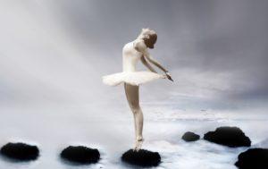 ballerina-on-toes